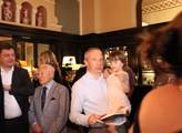 Přítomen byl i Václav Klaus mladší s dítětem