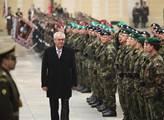 Miloš Zeman při inaugurační přehlídce