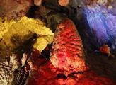 Krápníková jeskyně u kaňonu Matka