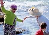 Vláda odmítla plán přidat na zdravotní pojištění dětí či důchodců