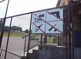 Vstupní brána do areálu