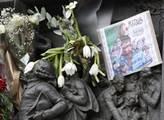 Pařížané drží minutu ticha za oběti teroristických...