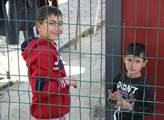 Menší uprchlický tábor pro rodiny s dětmi v Ankawě...