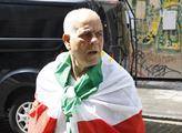 Jeden z kurdských aktivistů z Paříže