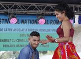 Romský festival pořádaný rumunskou romskou stranou...