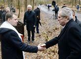 Za účasti prezidenta Miloše Zemana se na okraji lá...