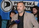Pirát Vašíček: Turecko se dopouští vydírání a zločinů. Hlavní spojenci jsou pro něj džihádisté, a my jsme nepřátelé