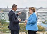Andrej Babiš hovoří s Angelou Merkelovou v Berlíně