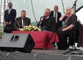 Setkání prezidenta Miloše Zemana s občany v obci J...