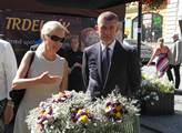 Vicepremiér Andrej Babiš s místostarostkou Valašsk...