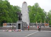 Slavnostní akt k 74. výročí osvobození města Ostra...