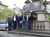 K vystoupení na protestu pozvali mladé kandidáty d...
