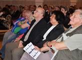 Lidé se zájmem poslouchali slova řečníků