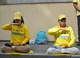 Cvičení Falun Gongu podle jeho praktikujících zušl...