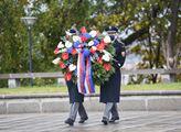 Prezident Miloš Zeman uctil 28. říjen položením vě...