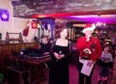 Benefiční vánoční večírek pro neziskovou organizac...