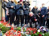 Poslanec Marek Benda u památníku 17. listopadu na ...