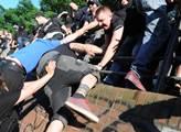 Demonstrace levicových radikálů proti summitu G20 ...