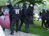 První den summitu G20. Policie zasahuje proti demo...