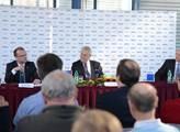 Prezident Miloš Zeman během návštěvy Pardubického ...