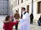 Květná neděle na Pražském hradě a v katedrále sv. ...