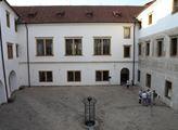 Martinický palác do konce 18. století vlastnili Bo...