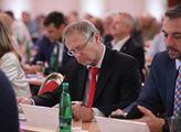 Český generál nekompromisně: Běloruská společenost není připravena na Lukašenka odstranit. Vliv USA a EU na tamní dění? Kdyby to zkusily, tak...