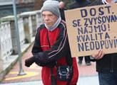 Demonstrace za práva nájemníků bývalých bytů OKD, ...