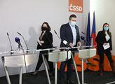Tisková konference ČSSD k aktuálnímu stavu. Ve čtv...