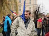Na pražském Klárově se sešli příznivci prezidenta ...