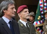 Náčelník našeho generálního štábu hlásí, jak jsme na tom s obranou vlasti. Připravte se na zlou pravdu
