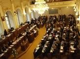 Poslanci debovali o korupci. Program koalice neschválila