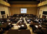 Konference nese název Gustáv Husák, Moc politiky-p...