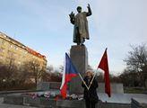 Přesun kontroverzního pomníku Koněva a nový památník bude Praha 6 řešit roky