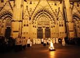 Velikonoční vigilie s kardinálem Dominikem Dukou v...
