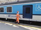 Havárka vlaku: Důchodce, který přežije 50 jízd, dostane přidáno, koluje. Nový vývoj