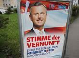 Plakát volební kampaně Norberta Hofera doupravený ...