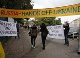 Odpůrci ruské politiky a tedy i protestující proti...