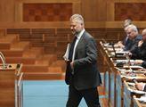 Senátor Hampl: Ne/činnost Zemana chápat jako něco, co je ku prospěchu ČR?
