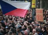 Na Václavském náměstí proběhla protivládní demonst...