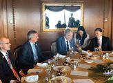 Prezident Zeman v Pekingu jednal s vedením společn...