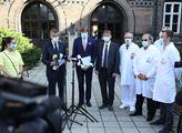 Předseda vlády Andrej Babiš a ministr zdravotnictv...