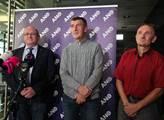 Andrej Babiš se svými čerstvě zvolenými senátory