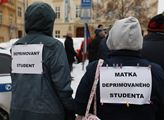 Protest za otevření škol. Ministře Plago, otevřete...