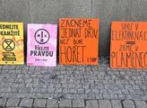 Happening české pobočky mezinárodního hnutí Extinc...