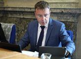 Kremlík opět ujišťoval poslance, že výběr mýta není ohrožen