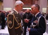 Sešli se generál Pavel a Pavel Šafr. Povídali si, jak Rusko manipuluje s pravdou. Odpovědí má být rozkrývání financování webů