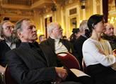 Aktéři Holešovské výzvy svolali do Prahy sněm. Hla...