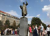 Praha 6 žádá o pomoc ministerstvo obrany. Kvůli pomníku maršála Koněva