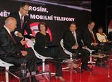 Co kamery nevidí: Líbání i epilepsie před začátkem show Václava Moravce